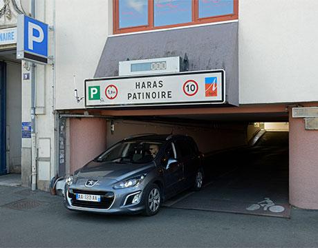 Parking Haras public